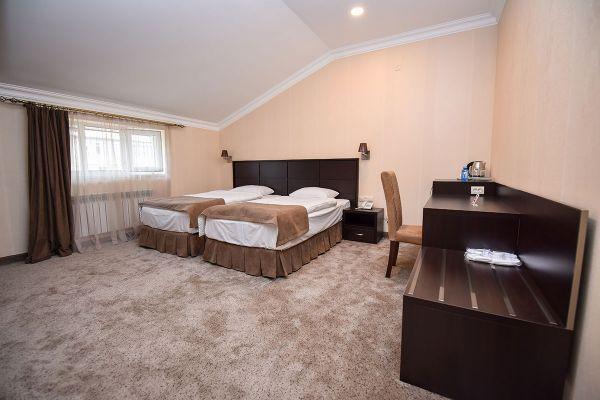 hotel-laguna-014606E0F68-2601-85AA-066B-332698383ECE.jpg